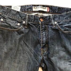 Levi 514 Slim Straight Jeans